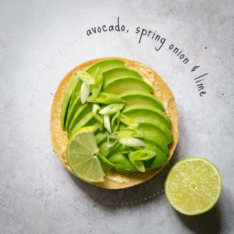 Avocado, spring onion & lime bagel