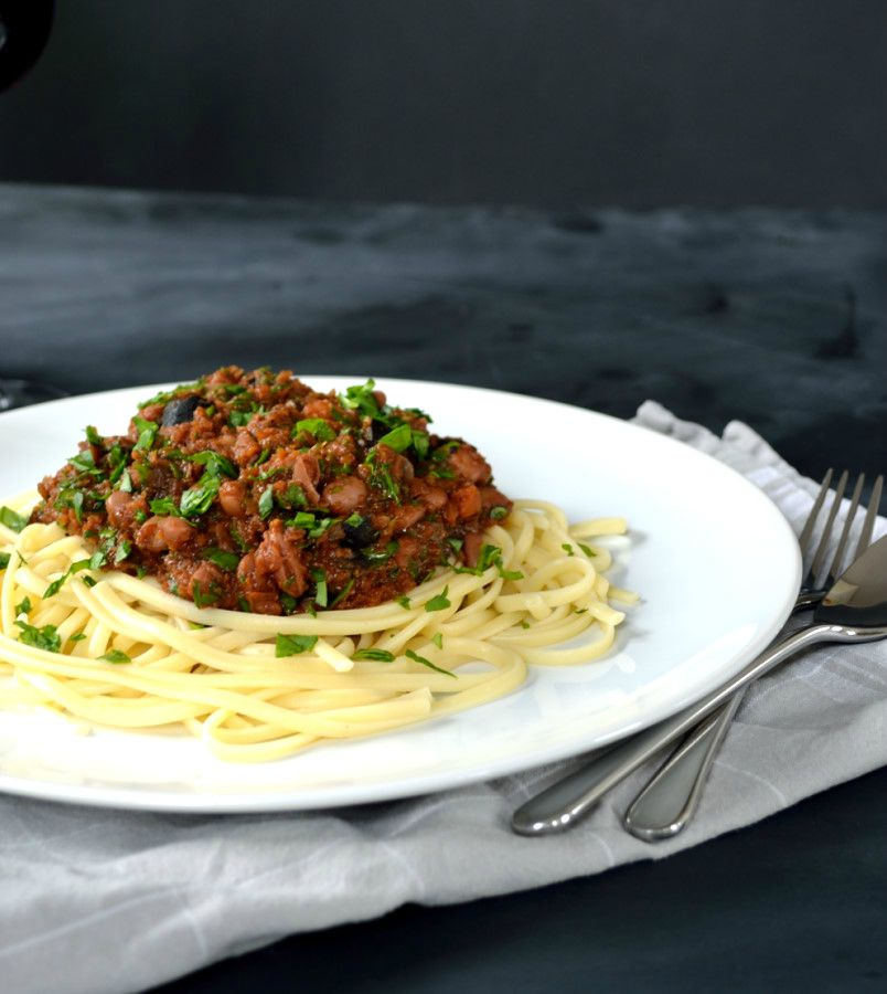 Tipsy Linguine with Red Wine Olive & Pinto Bolognese | The Veg Space