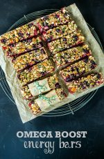 Recipe: Beetroot & Blackcurrant Vegan Energy Bars