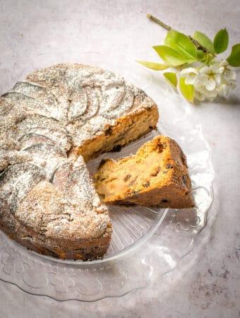 OVerhead photo of vegan apple cake - easy recipe