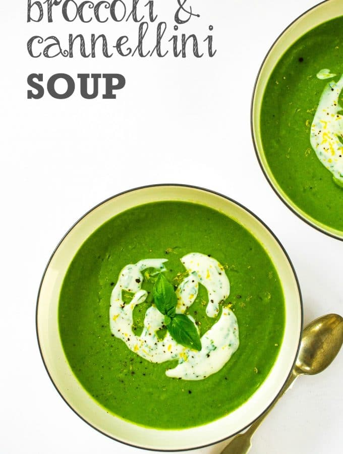 Creamy Broccoli & Cannellini Soup (vegan)