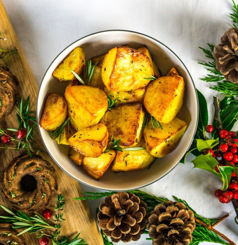 Garlic & Rosemary Roast Potatoes