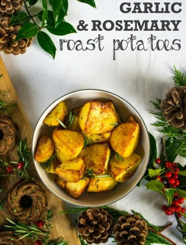 Vegan Roast Potatoes with Garlic & Rosemary - perfectly crispy and delicious #vegan #plantbased | thevegspace.co.uk