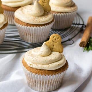 Vegan Gingerbread Cupcakes