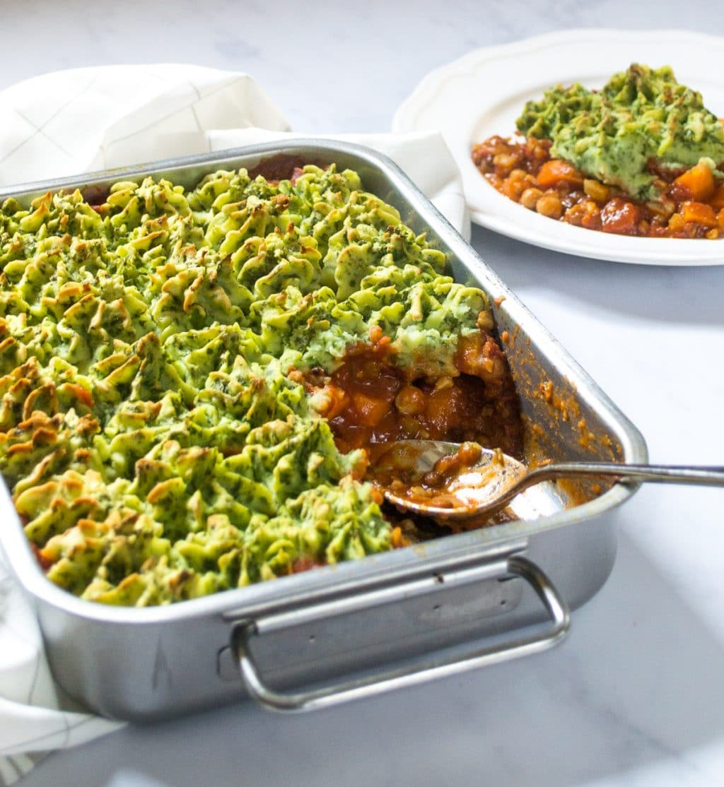 Vegan Cottage Pie with Colcannon Mash topping | thevegspace.co.uk