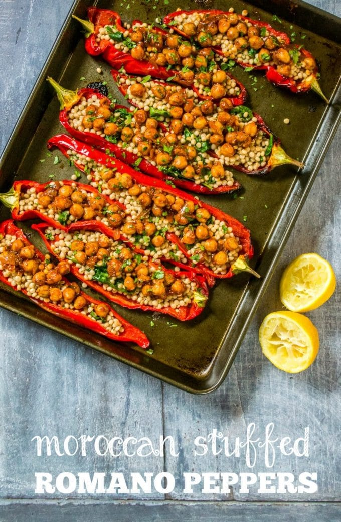 These Moroccan Stuffed Peppers are simple but oh-so-tasty! #vegan #plantbased | thevegspace.co.uk