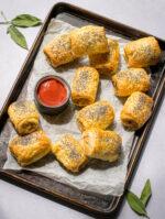Recipe: Easy Vegan Sausage Rolls