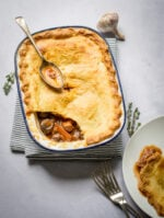 Recipe: Quorn Pie with a red wine sauce